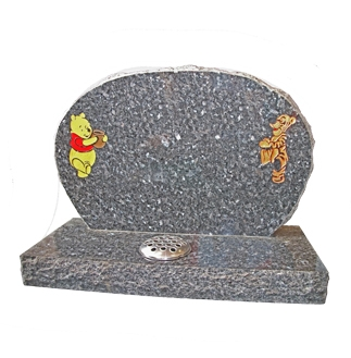 M64 - Rustic Oval Memorial with Winnie the Pooh